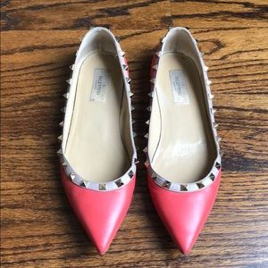 Valentino flats sz 40 Coral - well loved